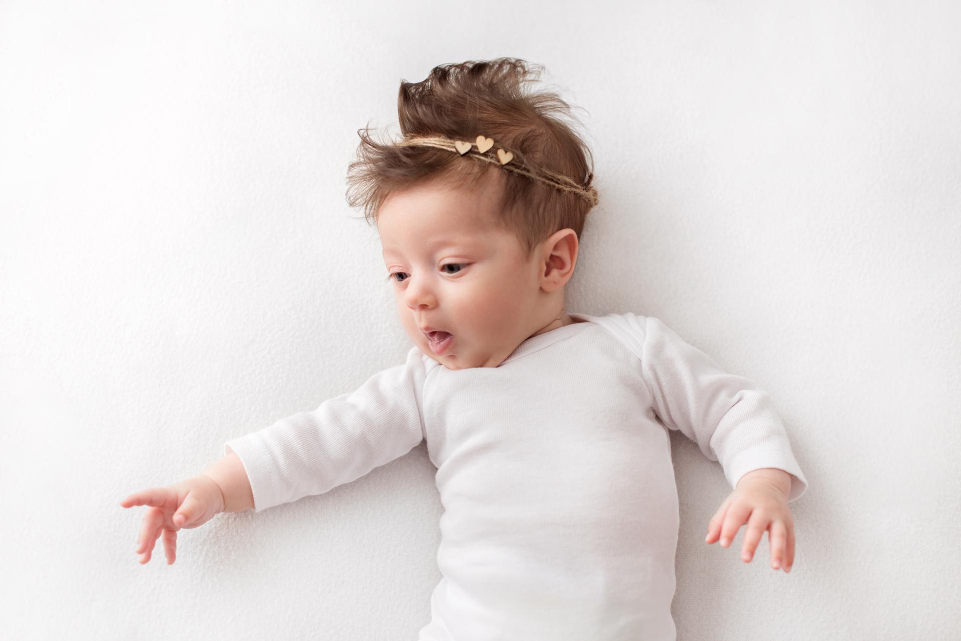 Бяла фото сесия #бялатасесия снимки бебе